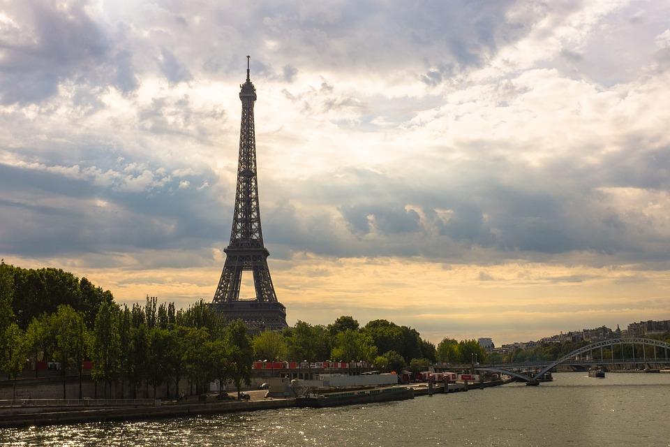 Párizs Eiffel torony és Szajna