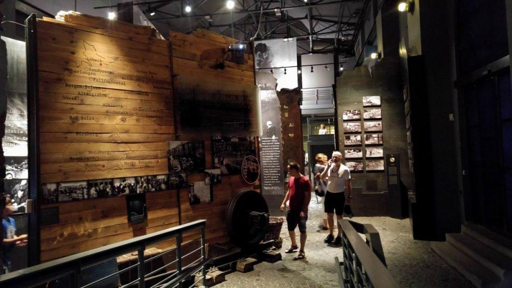 varsoi felkeles muzeuma