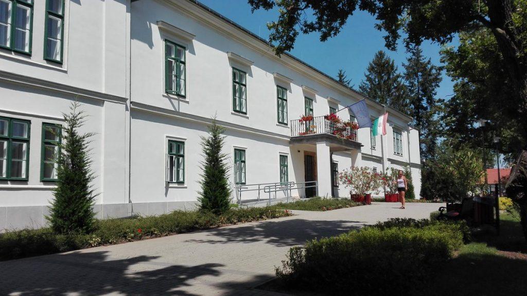 Baktalórántháza, Dégenfeld-kastély