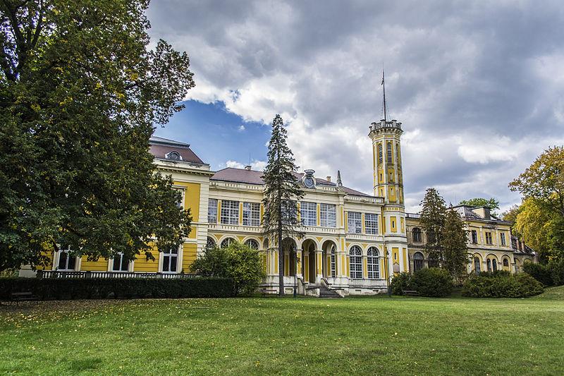 Füzérradvány, Károlyi-kastély