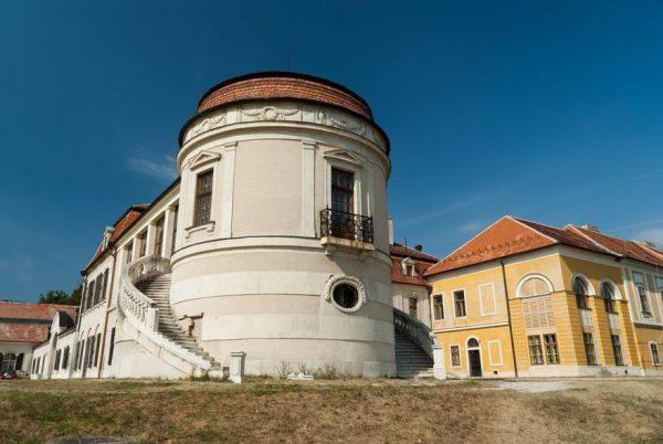 Iszkaszentgyörgy Amadé-Bajzáth-Pappenheim-Kastély
