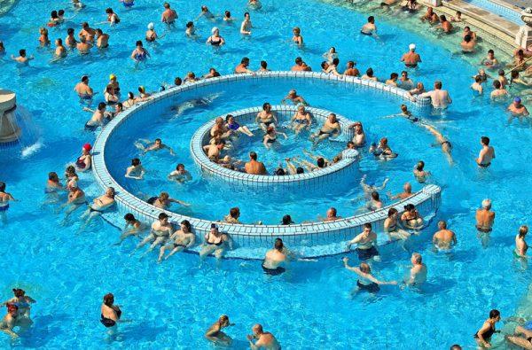 Idén nyáron jelentősen nőtt a vendégforgalom a budapesti fürdőkben