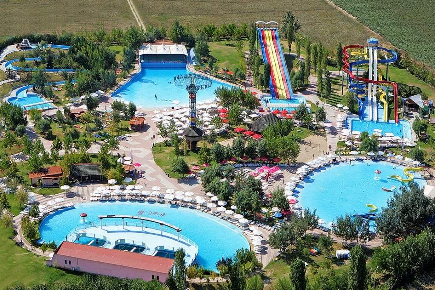 Waterland Aquapark thessaloniki