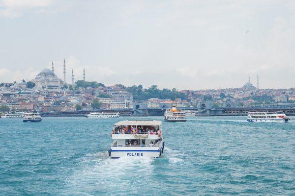 Hajótúrák a Boszporuszon