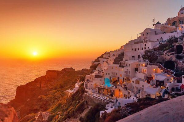 Santorini legjobb naplemente néző helyei
